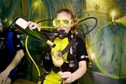 Unterwasser-Weinprobe in Traben-Trarbach