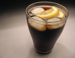 Enthält Cola kleine Spuren von Alkohol?