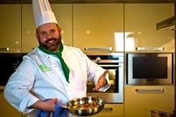 Spendenaktion: Zusatzausbildung zum vegetarischen Koch