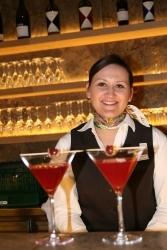 Marion Lindemann gewinnt ersten Cocktail-Wettbewerb der Starnberger Azubis