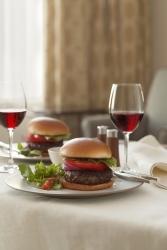 Burger für Gourmets im Restaurant Favors