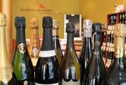 Wein- und Whisky-Schule bietet Champagner-Seminare an
