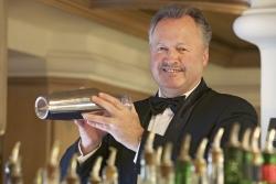 Traube Tonbach: Goldener Shaker für Bernhard Stöhr