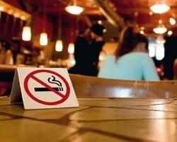Deutsche befürworten mehrheitlich eine rauchfreie Gastronomie