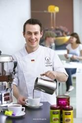 Meister-Chocolatier Kevin Kugel wird Markenbotschafter für Monbana