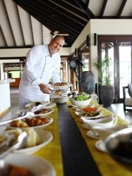 Resort Atmosphere Kanifushi: Walter Butti wird Chefkoch auf den Malediven