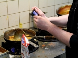 Ordnungsamt Frankfurt beanstandet Hygienemängel in Gaststätten