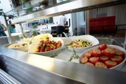 """""""Vegan vs. Beef"""": Arcotel Kaiserwasser fährt zweigleisig"""