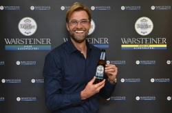 Liverpool-Trainer Jürgen Klopp wirbt für Warsteiner