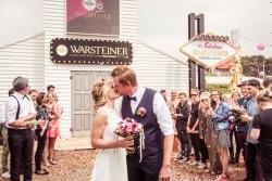 Warsteiner feiert erste Festival Hochzeit auf dem Parookaville