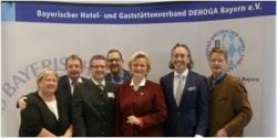 Premiere: Angela Inselkammer führt Dehoga Bayern