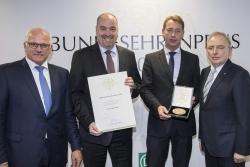 Serienerfolg: Papst & Richarz erhält zum siebten Mal Bundesehrenpreis