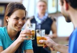"""""""Da is' awwer noch was drin"""": Hessen trinken zwölfmal mehr Apfelwein als Durchschnittsdeutsche"""