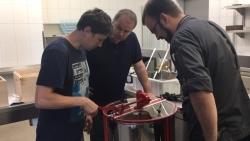 Atrium Hotel Mainz: Erster Honig aus eigener Produktion geerntet