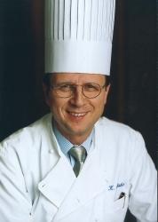 Sheraton Frankfurt Airport Hotel: Klaus Böhler verabschiedet sich in den Ruhestand