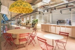 Bikini Berlin: Neuer Foodmarket Kantini öffnet