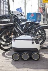 Hamburg: Domino's weitet Zustellung mit Roboter aus