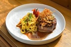 Gutsschenke Monrepos: Neues Küchenkonzept mit Klassikern und Mittagstisch
