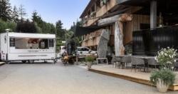 Österreich: Hotel Mama Thresl präsentiert den Schmankerlmarkt
