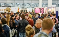 Sting & Co.: Weinmesse Forum Vini erstmalig mit Promi-Weinbar