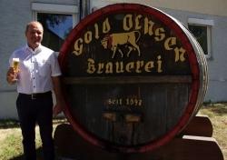 Limitiertes Starkbier: Gold Ochsen präsentiert Jahrgangsbier Ulmer Rauch Doppelbock