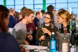 Genussevent: Wein Tour lockt 4000 Besucher nach Hamburg-Altona