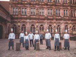Charity-Event: Azubis bestreiten Gala-Abend im Schloss Heidelberg