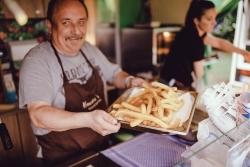 Streetfood: Frankfurter Food Truck Friday mit Holiday Edition