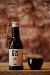 Fernost-Getränk: Start-up holt Sake in handlicher Flaschengröße nach Deutschland
