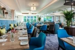 Nach Renovierung: Courtyard Hamburg Airport eröffnet Bar und Restaurant-