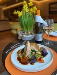 Sofitel Frankfurt Opera: Restaurant Schönemann bietet Do-it-yourself Ostermenü an