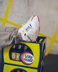 Mit Hummel: Vitamalz bringt Sneaker auf den Markt