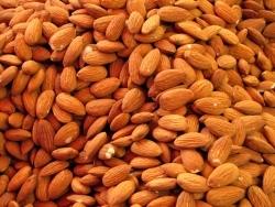 Studie: Mandeln zum Frühstück sättigen länger